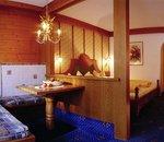 Mehrbettzimmer Edelweiss Hotel Alpenrose Lechtal