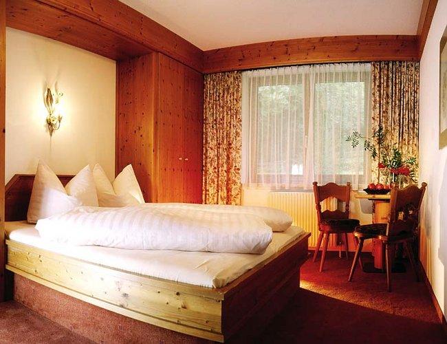 Einzelzimmer Montana Junior Hotel Alpenrose Lechtal