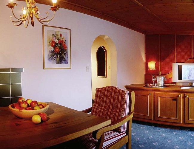 Mehrbettzimmer Enzian Hotel Alpenrose Lechtal
